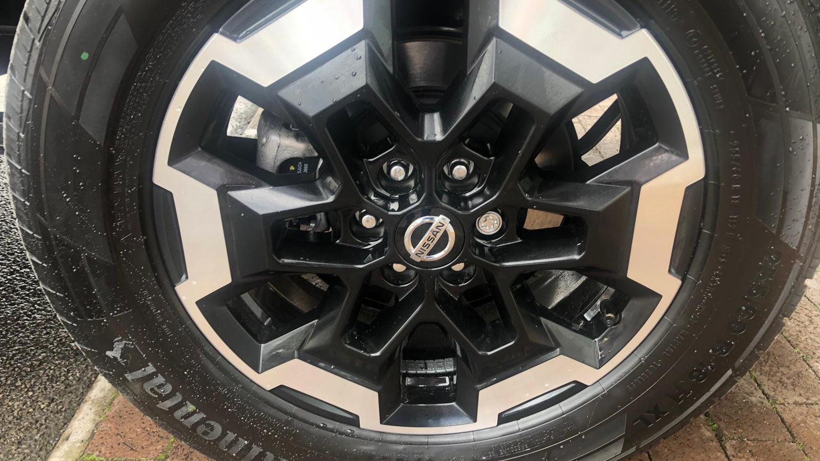 2019 Nissan Navara Wheel