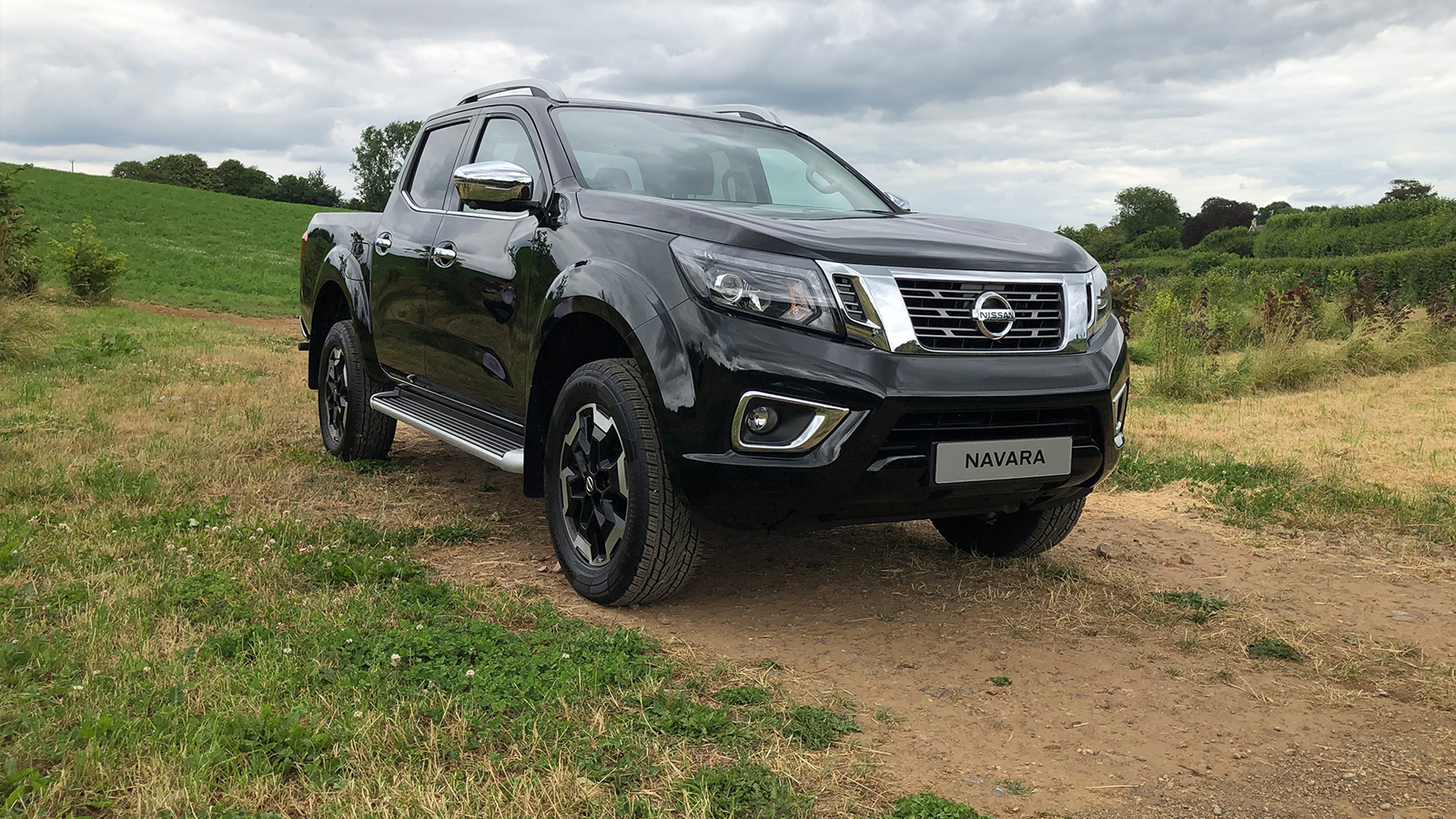 TALK TO THE NAVARA EXPERTS